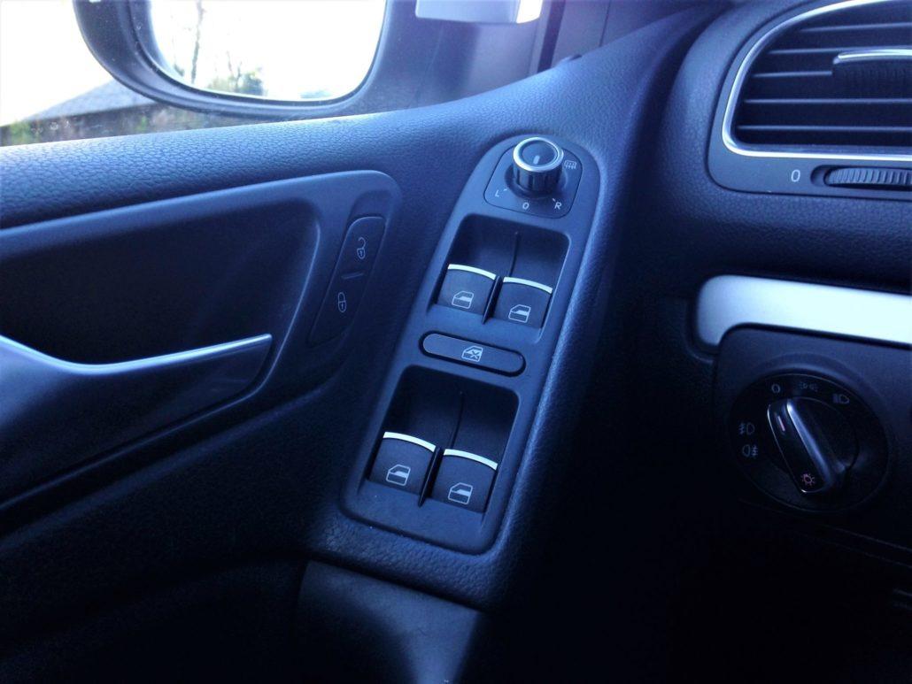 volkswagen golf vi tsi 160ch essence 2010. Black Bedroom Furniture Sets. Home Design Ideas